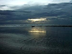 Praia de Jericoacoara com maré baixa, uma nova paisagem